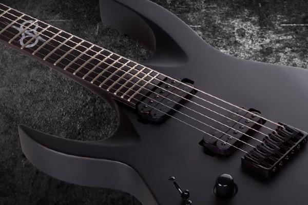 Solar Guitars A2.6: El metal, directo al top 10 de guitarras para zurdos